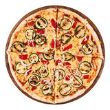 Πίτσα ψημένων στη σχάρα κολοκυθιών και κόκκινων πιπεριών Στοκ εικόνα με δικαίωμα ελεύθερης χρήσης