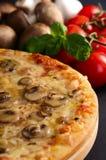 πίτσα Στοκ φωτογραφίες με δικαίωμα ελεύθερης χρήσης