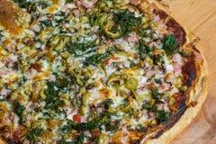 Πίτσα Artisian Στοκ εικόνα με δικαίωμα ελεύθερης χρήσης