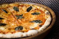 πίτσα margherita νόστιμη Στοκ Εικόνες