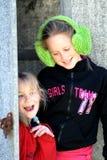 παίζοντας αδελφές Στοκ εικόνες με δικαίωμα ελεύθερης χρήσης