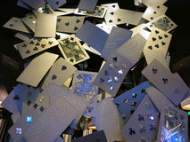 Παίζοντας επίδειξη τέχνης καρτών στο θέρετρο και τη χαρτοπαικτική λέσχη της Aria Στοκ Φωτογραφία