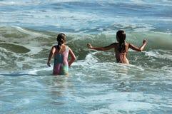 παίζοντας κύματα Στοκ εικόνες με δικαίωμα ελεύθερης χρήσης