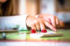 Παίζοντας μονοπώλιο στοκ φωτογραφία με δικαίωμα ελεύθερης χρήσης