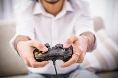 Παίζοντας παιχνίδια στον υπολογιστή ατόμων Hipster Στοκ φωτογραφία με δικαίωμα ελεύθερης χρήσης