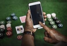 Παίζοντας τη χαρτοπαικτική λέσχη στοιχήματος μια πιθανότητα κινδύνου Στοκ φωτογραφίες με δικαίωμα ελεύθερης χρήσης