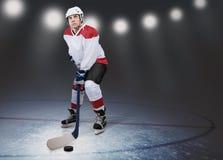 Παίκτης χόκεϋ στον πάγο Στοκ φωτογραφία με δικαίωμα ελεύθερης χρήσης