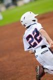 Τρέξιμο παιχτών του μπέιζμπολ μικρού πρωταθλήματος Στοκ φωτογραφία με δικαίωμα ελεύθερης χρήσης