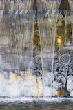 Παγάκια στον καταρράκτη Στοκ φωτογραφίες με δικαίωμα ελεύθερης χρήσης