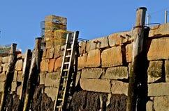 Παγίδες, συσσώρευση, και σκάλα αστακών ενός τοίχου SE Στοκ εικόνες με δικαίωμα ελεύθερης χρήσης
