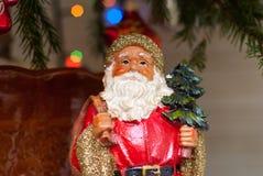 Παγετός Άγιος Βασίλης πατέρων Άγιος Βασίλης Άγιος Βασίλης Με την τσάντα και το χριστουγεννιάτικο δέντρο απομονωμένη Χριστούγεννα  Στοκ εικόνες με δικαίωμα ελεύθερης χρήσης