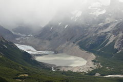 Παγετώνας και λίμνη στοκ εικόνα