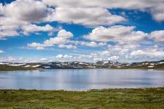Παγετώνας Hardangerjokulen πάνω από το οροπέδιο Hardangervidda Στοκ φωτογραφία με δικαίωμα ελεύθερης χρήσης