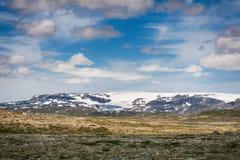 Παγετώνας Hardangerjokulen πάνω από το οροπέδιο Hardangervidda Στοκ φωτογραφίες με δικαίωμα ελεύθερης χρήσης