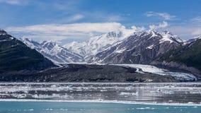 Παγετώνας Hubbard και επιπλέων πάγος Στοκ φωτογραφίες με δικαίωμα ελεύθερης χρήσης