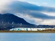 Παγετώνας Shumniy σε Novaya Zemlya (νέο έδαφος) Στοκ φωτογραφία με δικαίωμα ελεύθερης χρήσης