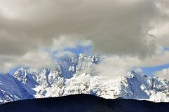 Παγετώνες Mingyong βουνών χιονιού Meili Στοκ εικόνα με δικαίωμα ελεύθερης χρήσης