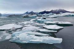 Παγετώδης λίμνη στην Ισλανδία Στοκ Εικόνες