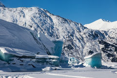 Παγετώδης μπλε πάγος στοκ εικόνα με δικαίωμα ελεύθερης χρήσης
