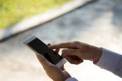 Παγκόσμια αγορά Διαδικτύου ηλεκτρονικού εμπορίου τεχνολογίας χρήσης επιχειρηματιών Στοκ φωτογραφίες με δικαίωμα ελεύθερης χρήσης