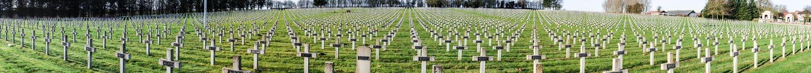 Παγκόσμιος πόλεμος νεκροταφείων πανοράματος ένας στο Λα Targette της Γαλλίας Vimy Στοκ Φωτογραφίες