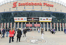 Παγκόσμιο πρωτάθλημα χόκεϋ πάγου των γυναικών IIHF - αντιστοιχία χρυσών μεταλλίων - Καναδάς β ΗΠΑ Στοκ Εικόνες