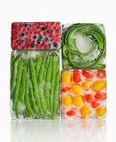 Παγωμένα λαχανικά και φρούτα Στοκ Εικόνες