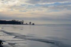 Παγωμένη λίμνη Balaton στην Ουγγαρία Στοκ Εικόνα