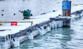 παγωμένη αποβάθρα Στοκ φωτογραφία με δικαίωμα ελεύθερης χρήσης
