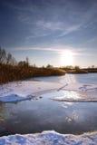 παγωμένη λίμνη Στοκ φωτογραφία με δικαίωμα ελεύθερης χρήσης