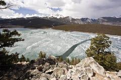 παγωμένη λίμνη στοκ εικόνα
