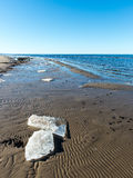 Παγωμένη παραλία θάλασσας Στοκ φωτογραφίες με δικαίωμα ελεύθερης χρήσης