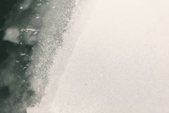 Παγωμένοι ποταμός και πάγος Στοκ Εικόνες