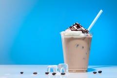 παγωμένος καφές με το παγωτό στοκ εικόνα