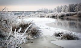 παγωμένος ποταμός στοκ εικόνες
