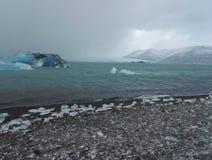 παγωμένος ποταμός Στοκ εικόνα με δικαίωμα ελεύθερης χρήσης