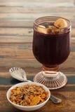Παγωμένος Acai χυμός πολτού με το muesli στοκ εικόνες