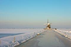 παγωμένος landcape ανεμόμυλος Στοκ φωτογραφίες με δικαίωμα ελεύθερης χρήσης