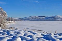 παγωμένο έκταση απέραντο ύδ&o Στοκ Εικόνες
