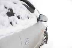 Παγωμένο αυτοκίνητο το χειμώνα Στοκ Εικόνες