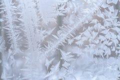 Παγωμένο σχέδιο από τα λωρίδες και snowflakes με τις αιχμηρές άκρες, lik Στοκ εικόνα με δικαίωμα ελεύθερης χρήσης