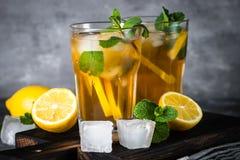 παγωμένο τσάι κρύο καλοκαίρι ποτών Στοκ φωτογραφία με δικαίωμα ελεύθερης χρήσης
