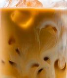 Παγωμένο τσάι με το γάλα Στοκ εικόνα με δικαίωμα ελεύθερης χρήσης