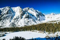 Παγωμένο pleso Popradske λιμνών σε υψηλό Tatras, Σλοβακία Στοκ φωτογραφίες με δικαίωμα ελεύθερης χρήσης