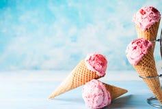 Παγωτό με το σμέουρο Στοκ Φωτογραφία