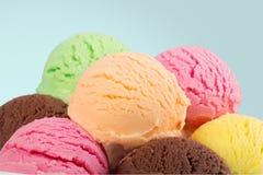 Παγωτό σοκολάτας, βανίλιας και φραουλών Στοκ Εικόνα