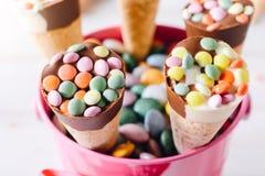 Παγωτό στα καλάθια Στοκ Εικόνες