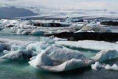 παγόβουνα κόλπων icelands joekulsarlon Στοκ Εικόνες