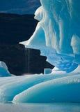 Παγόβουνα στο νερό, ο παγετώνας Perito Moreno Αργεντινοί Στοκ φωτογραφία με δικαίωμα ελεύθερης χρήσης