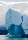 Παγόβουνα στο νερό, ο παγετώνας Perito Moreno Αργεντινοί Στοκ Φωτογραφία